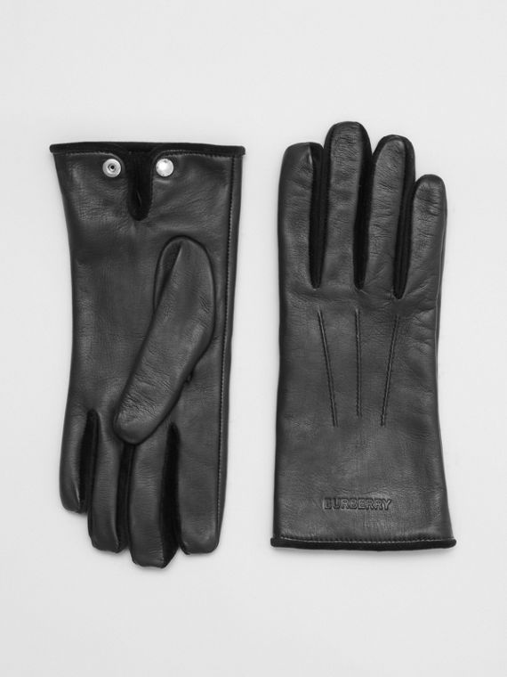 Embossed Logo Cashmere-lined Lambskin Gloves in Black/black