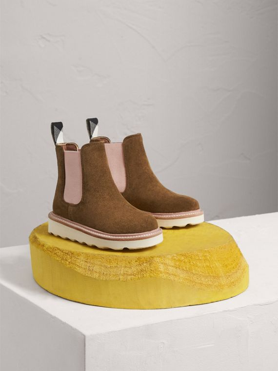 Two-tone Suede Chelsea Boots in Sandstone