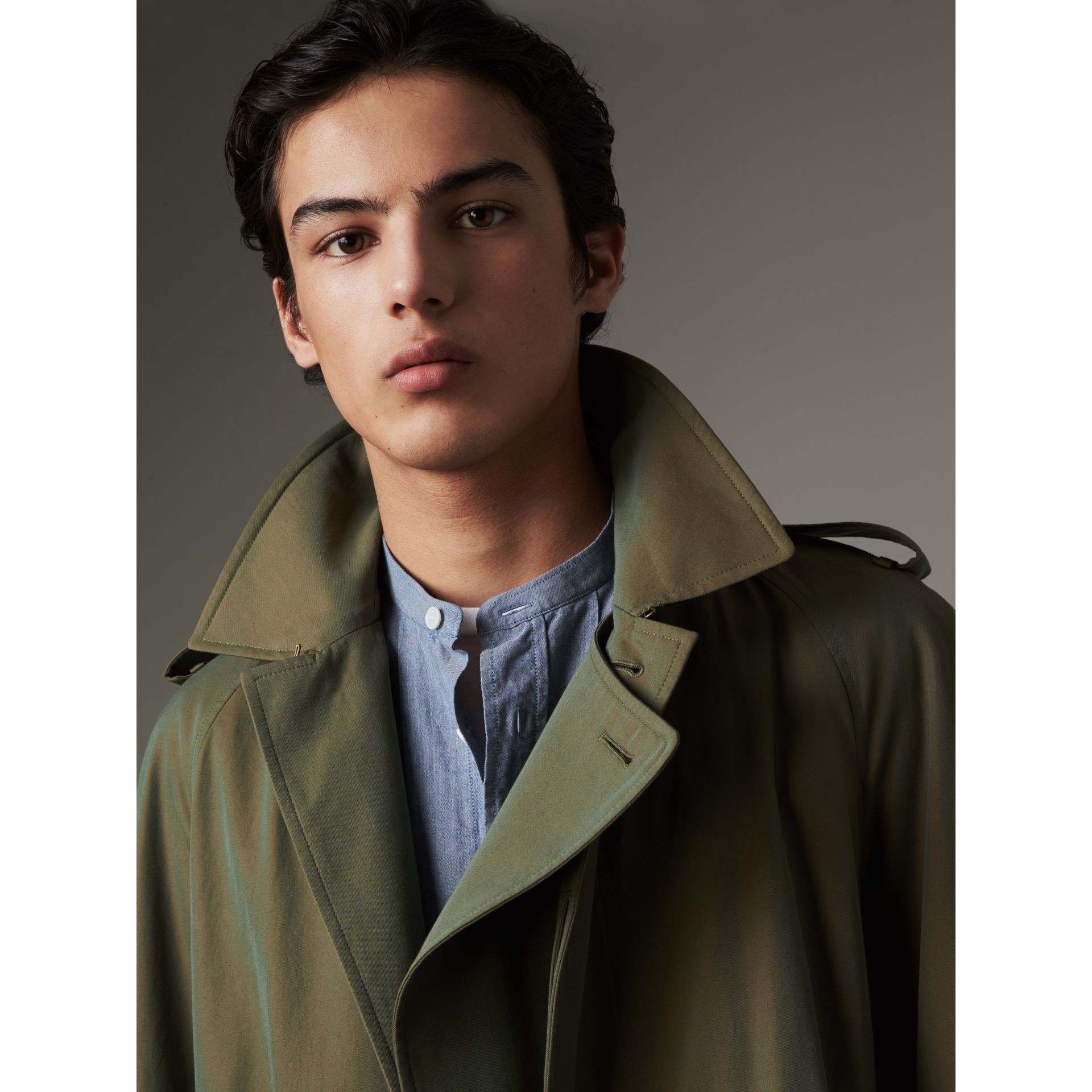 Oversize Storm Shield Tropical Gabardine Trench Coat in Bright Olive - Men | Burberry - gallery image 2