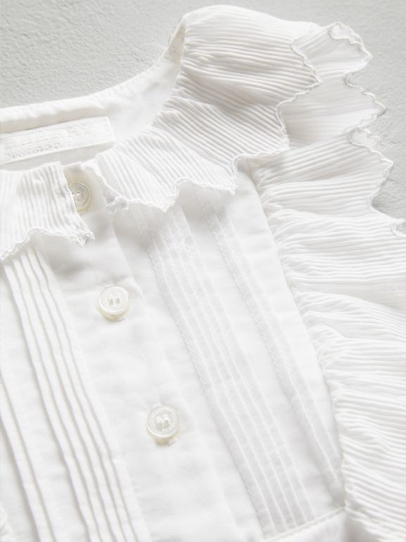 Scalloped Plissé Detail Cotton Shirt Dress in White - Children | Burberry Singapore - cell image 1