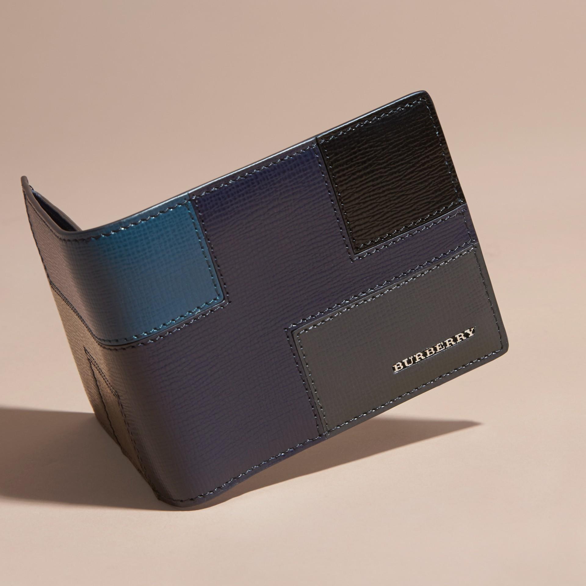 Dark navy Colour Block London Leather Folding Wallet Dark Navy - gallery image 3