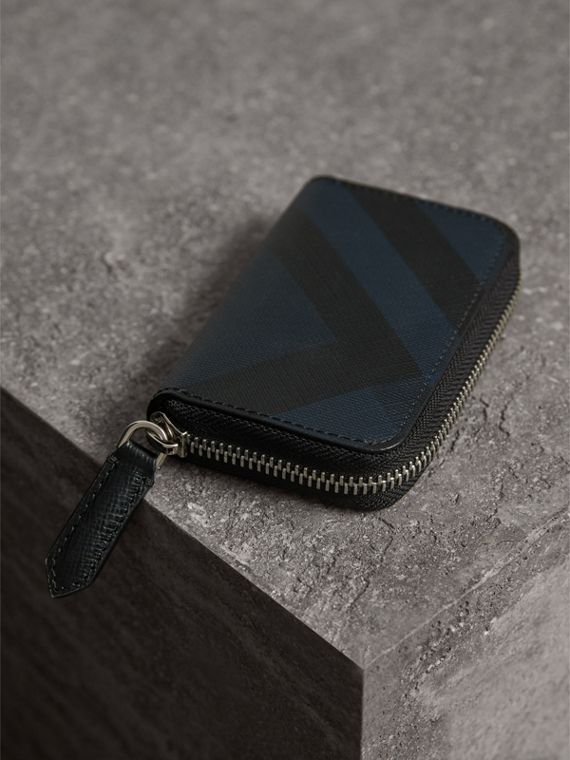 London Check Ziparound Coin Case in Navy/black - Men | Burberry Canada - cell image 2