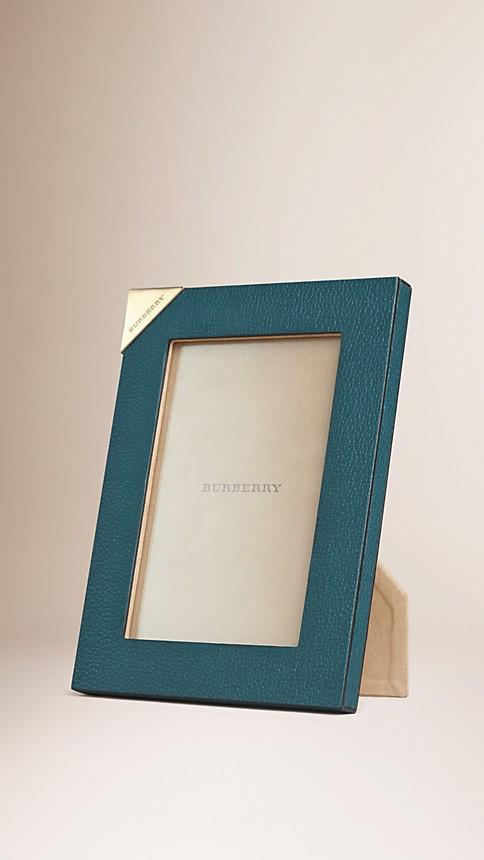 petit cadre en cuir gren bleu canard burberry. Black Bedroom Furniture Sets. Home Design Ideas