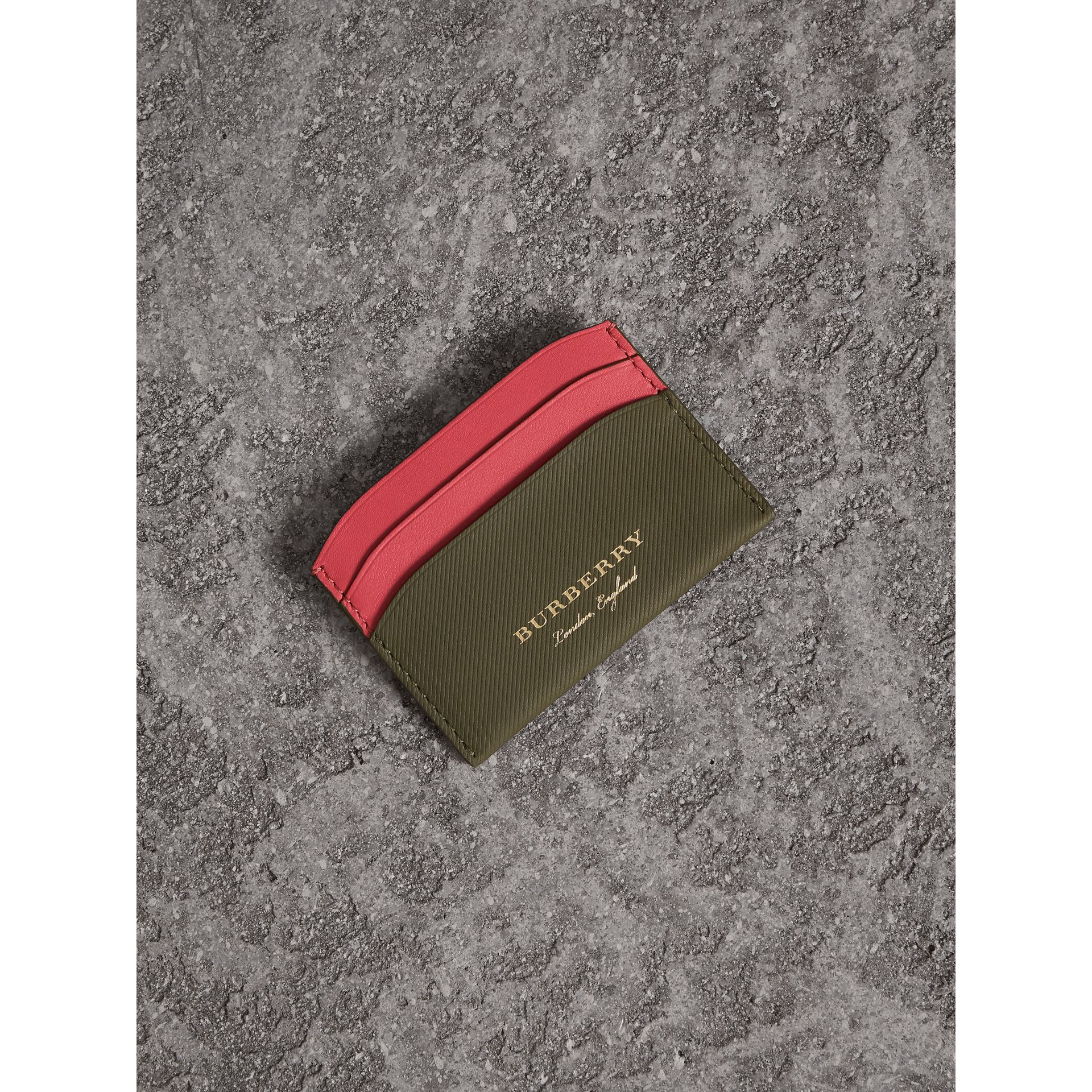Two-tone Trench Leather Card Case in Mss Green/ Blsm Pink | Burberry - gallery image 0
