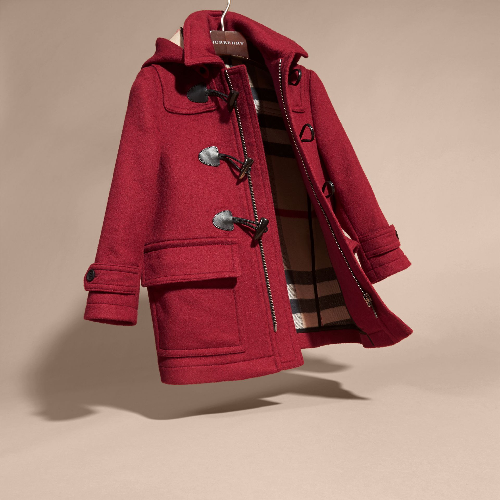 Rose bordeaux Duffle-coat en laine à capuche doublée du motif check Rose Bordeaux - photo de la galerie 3