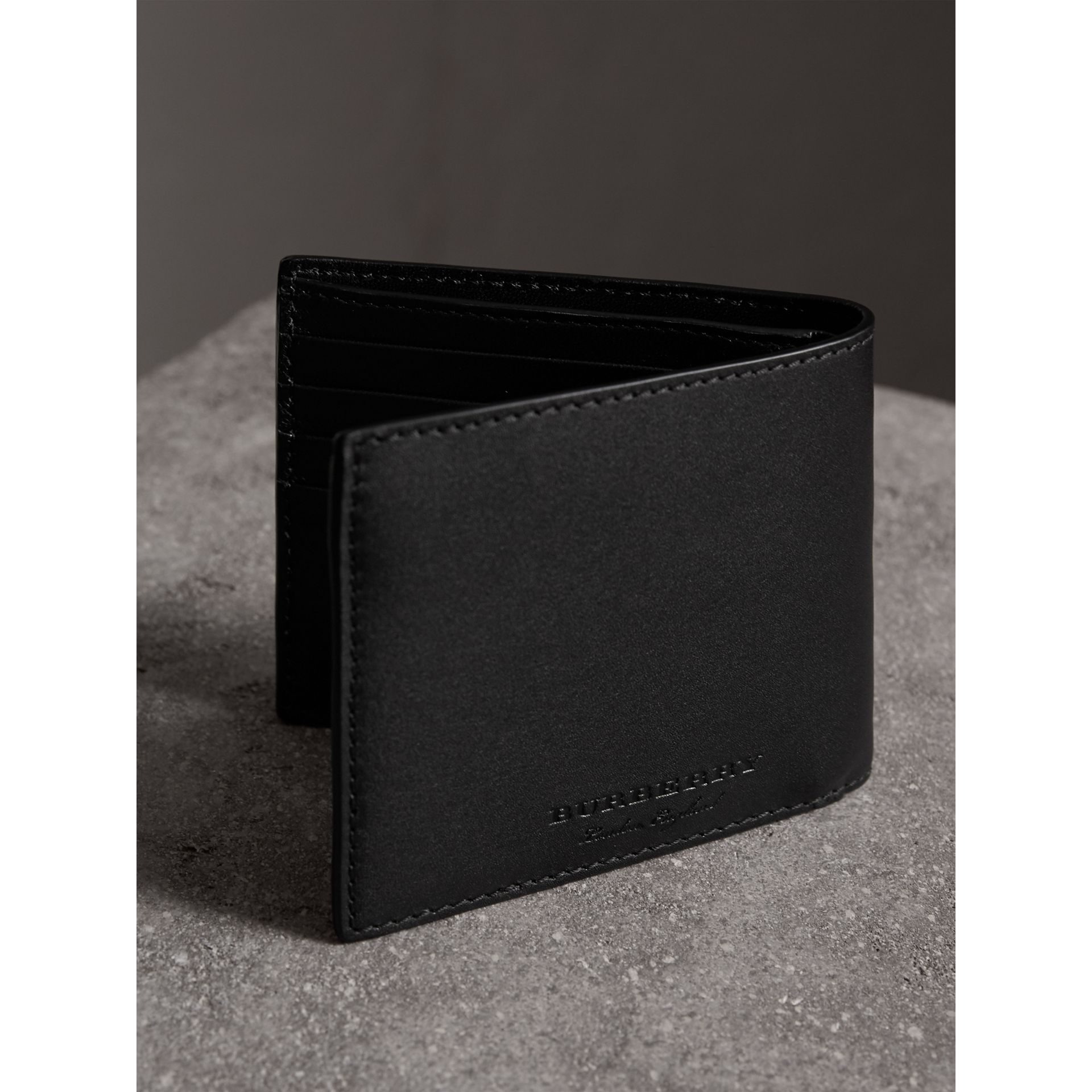 Riveted Leather International Bifold Wallet in Black - Men | Burberry - gallery image 2