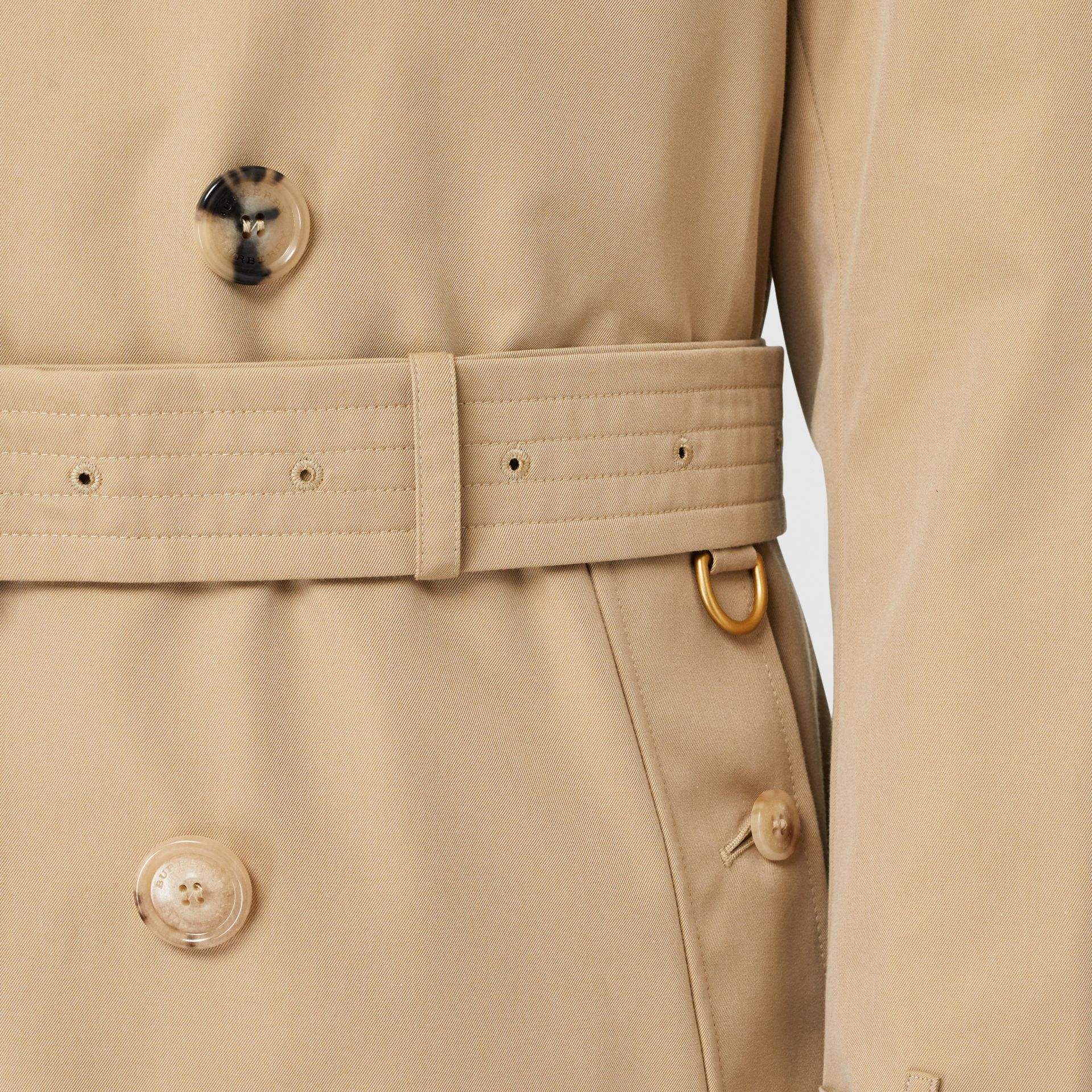 The Long Kensington Heritage Trench Coat in Honey - Men | Burberry United Kingdom - gallery image 6