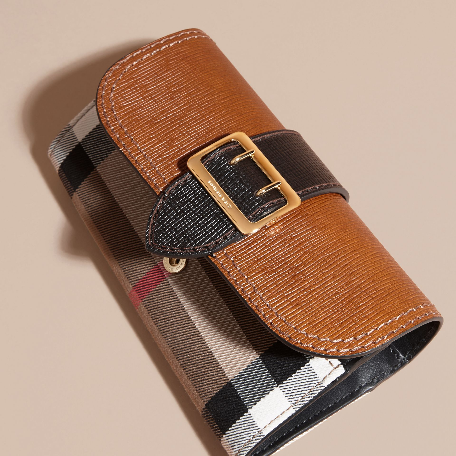Tan / black House Check and Leather Continental Wallet Tan / Black - gallery image 3