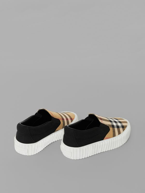 Vintage Check Detail Slip-on Sneakers in Black/antique Yellow - Children | Burberry - cell image 2