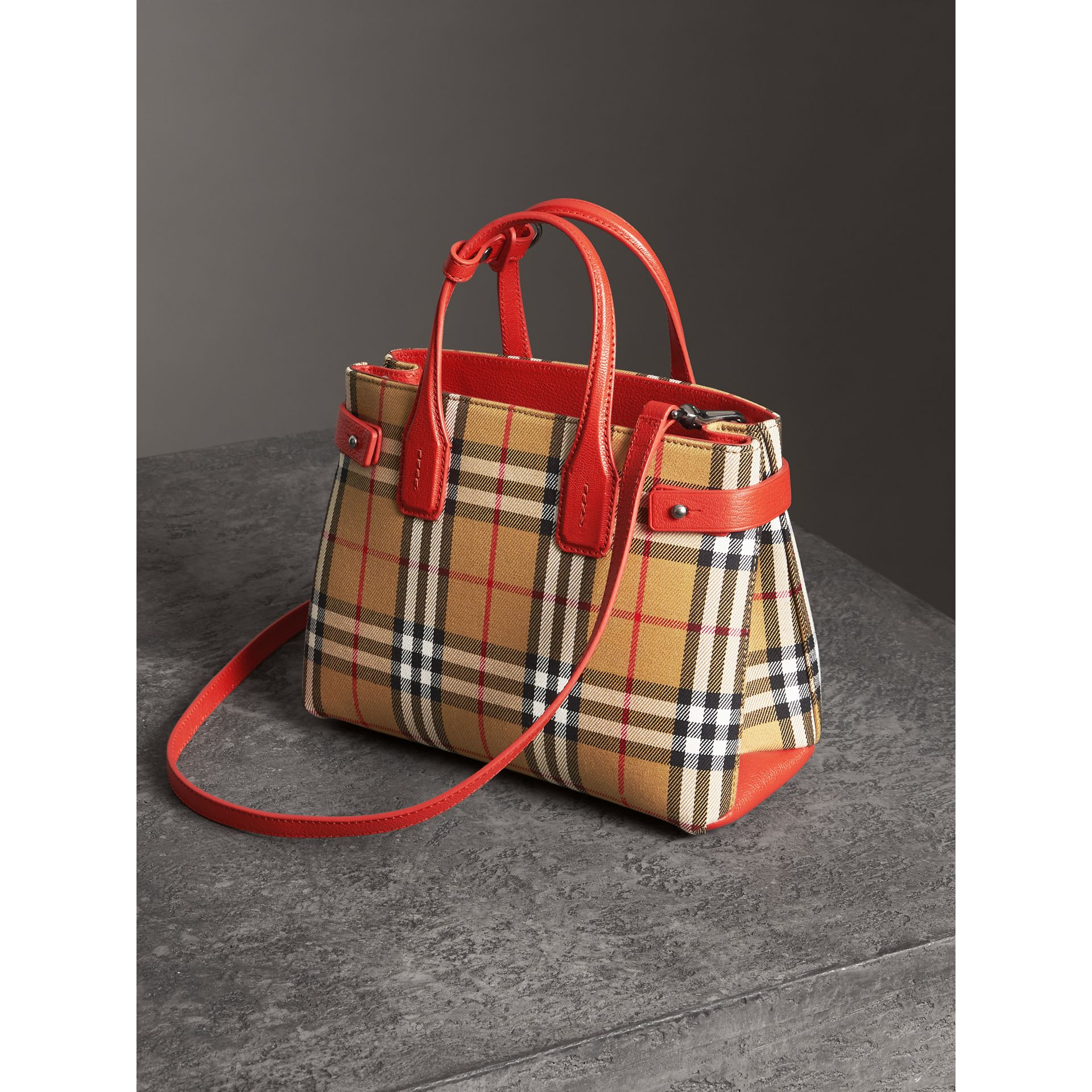 The Small Banner in Vintage Check and Leather in Bright Red - Women | Burberry United Kingdom - gallery image 4