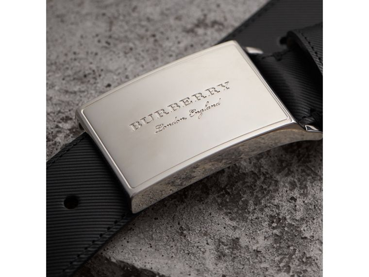 Brass Plaque Buckle Trench Leather Belt in Black - Men | Burberry United Kingdom - cell image 1