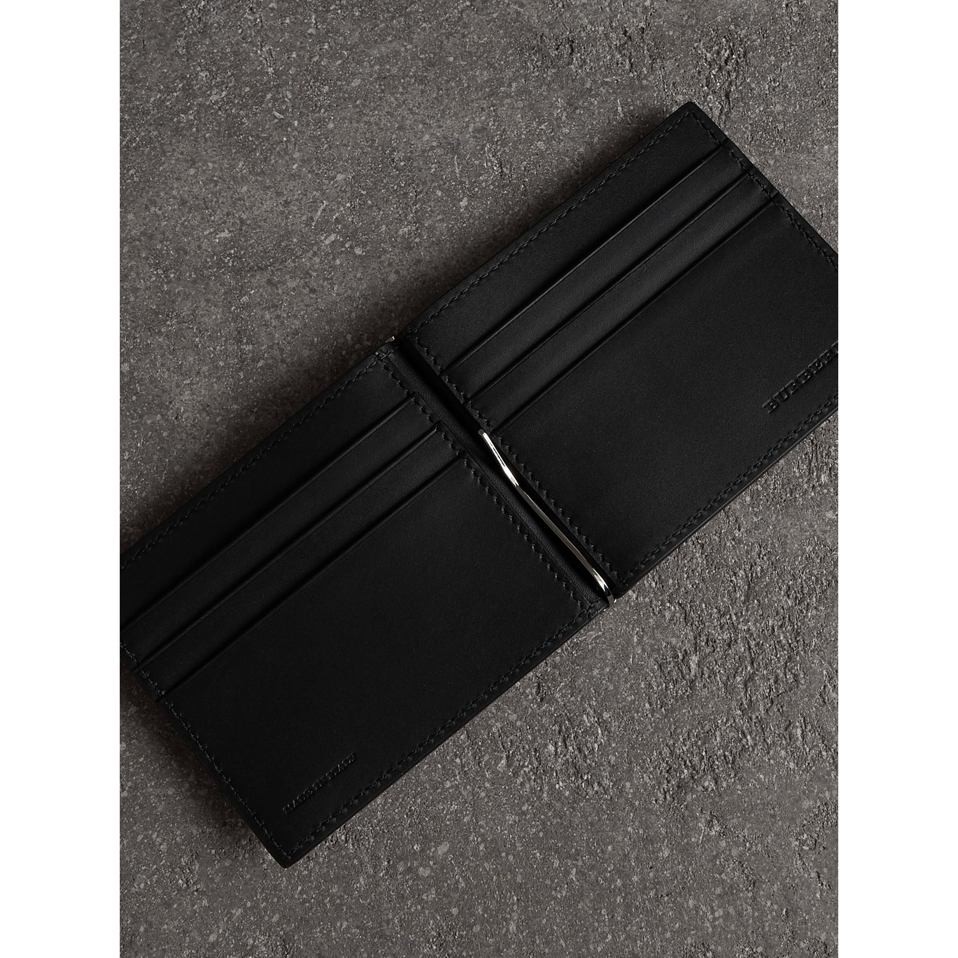 Grainy Leather Money Clip Card Wallet in Black - Men | Burberry - gallery image 3