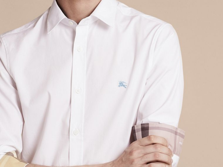Check Detail Stretch Cotton Shirt in White - cell image 4