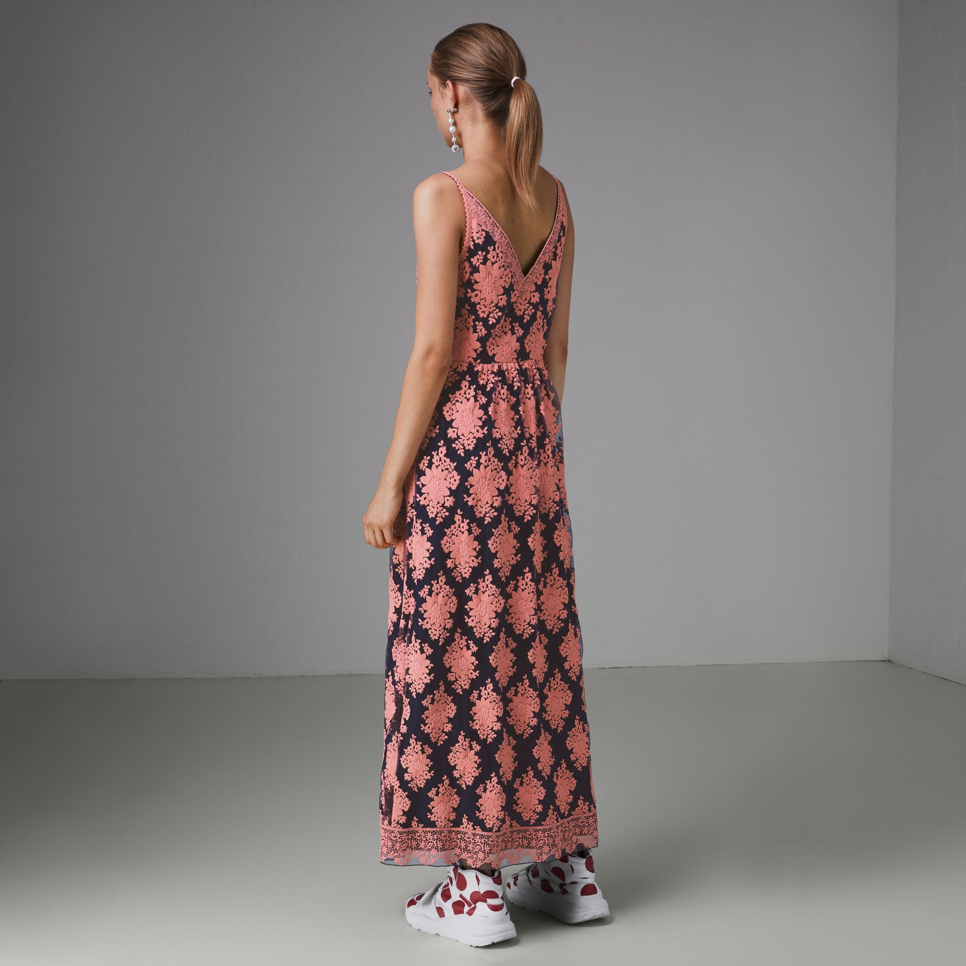 Floral-embroidered Sleeveless Dress in Rose/midnight Blue - Women | Burberry Hong Kong - gallery image 2