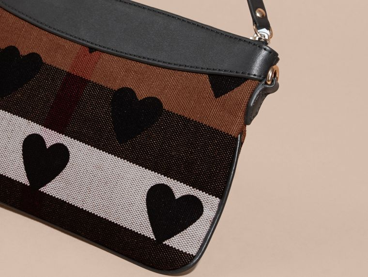 Black Heart Print Canvas Check Clutch Bag Black - cell image 4