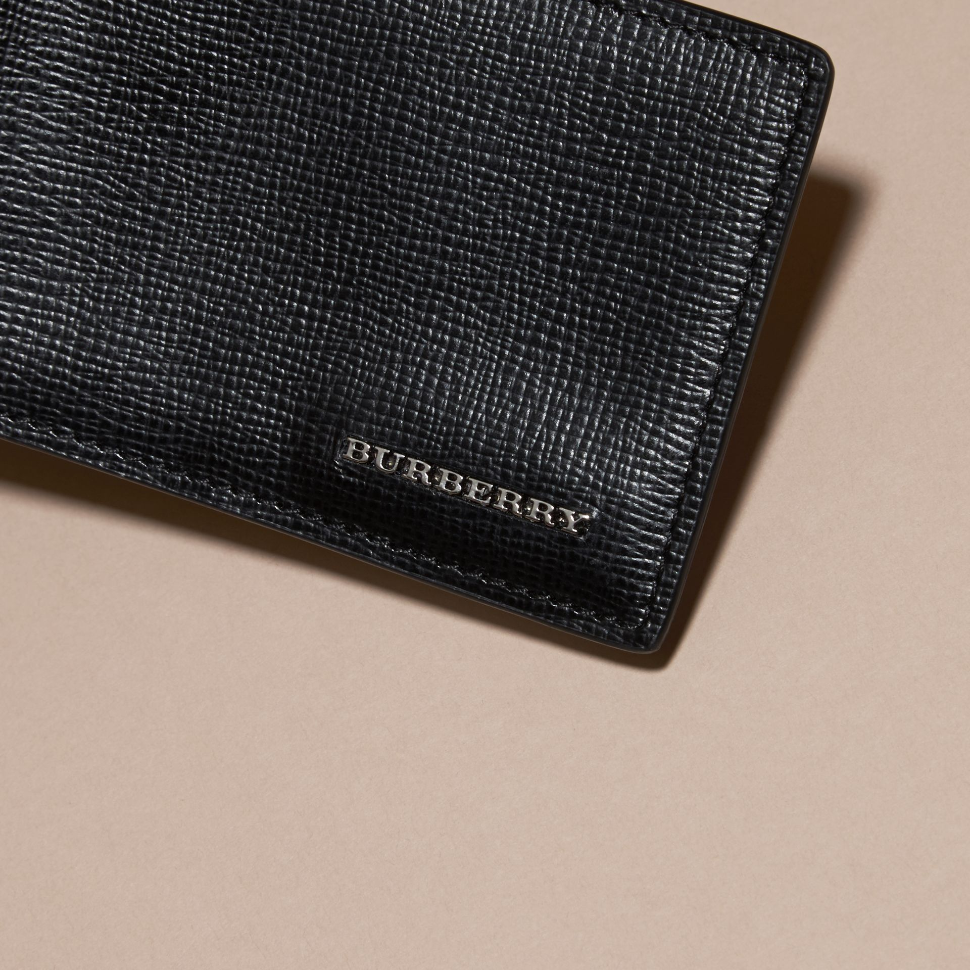 Black London Leather ID Wallet Black - gallery image 2