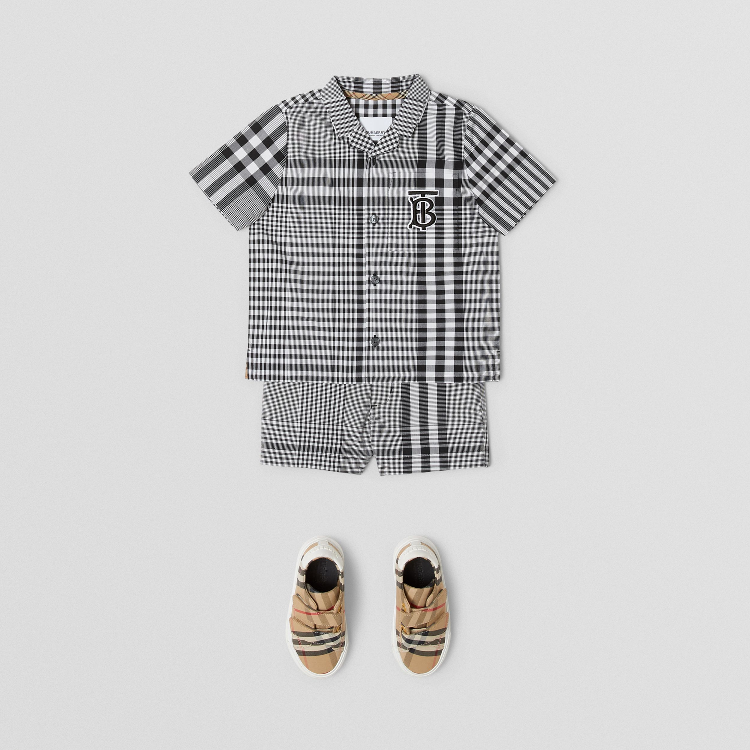 Short-sleeve Monogram Motif Check Cotton Shirt in Black - Children | Burberry United Kingdom - 3