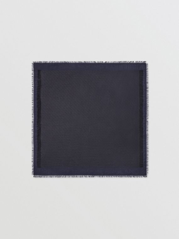 Foulard grande in misto seta con motivo monogramma metallizzato (Navy/nero)