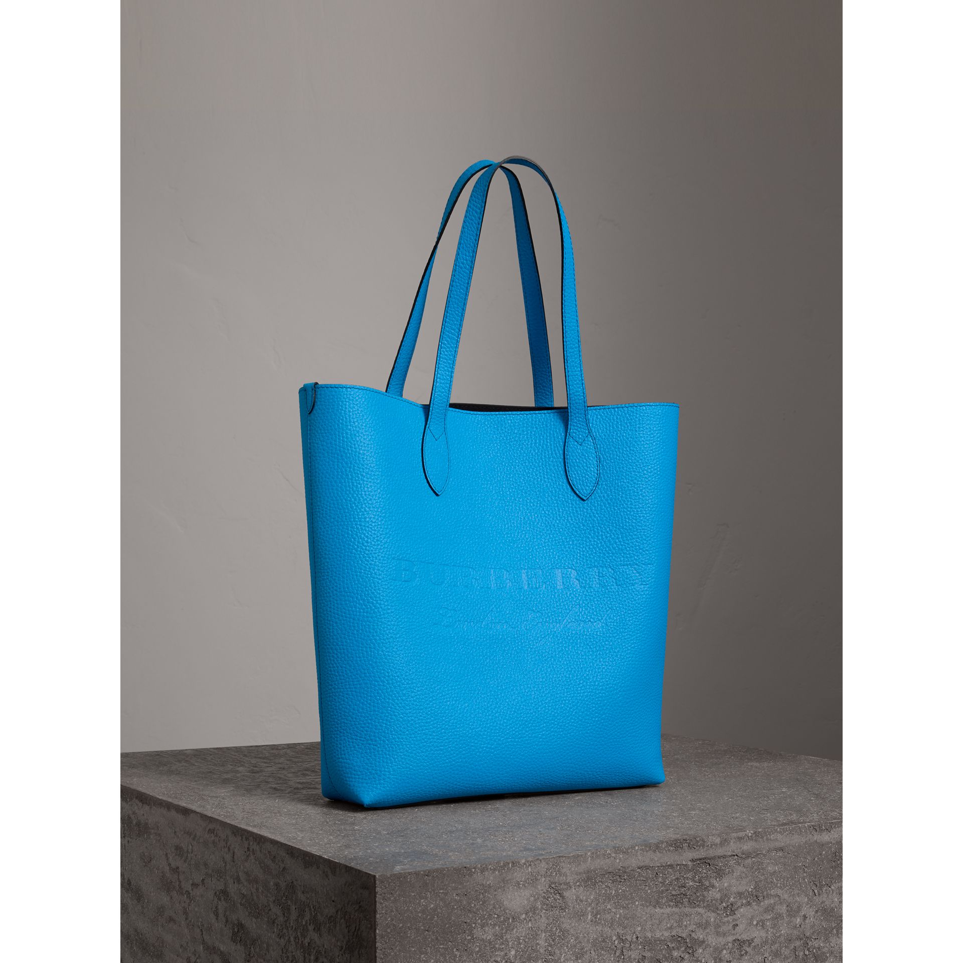 Medium Embossed Leather Tote in Neon Blue | Burberry Singapore - gallery image 5
