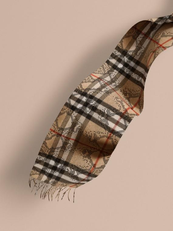 L'écharpe classique en cachemire à motif check et imprimé python