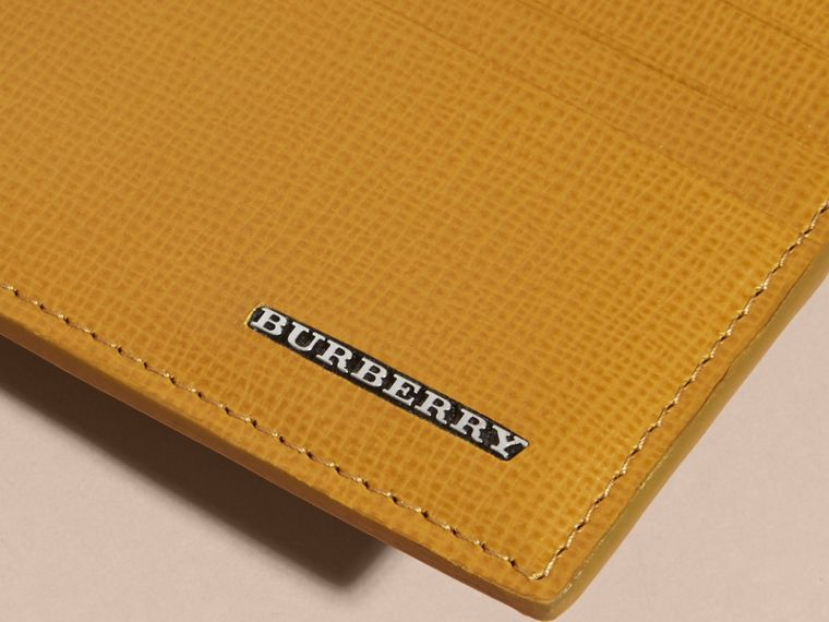 London Leather Zip-top Card Case in Larch Yellow - cell image 1
