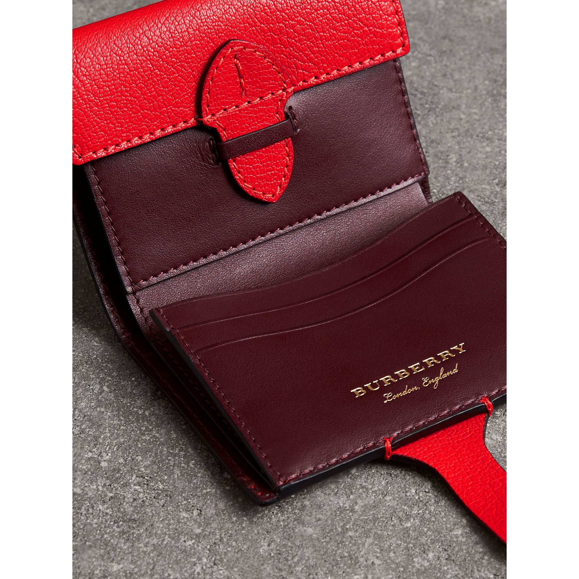 Equestrian Shield Two-tone Leather Folding Wallet in Bright Red - Women | Burberry United Kingdom - gallery image 3