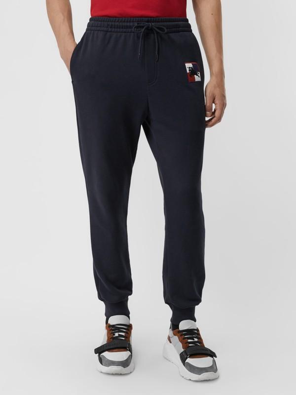 Pantaloni tuta in cotone con motivo a quadri e marchio del cavaliere equestre (Navy) - Uomo | Burberry - cell image 3