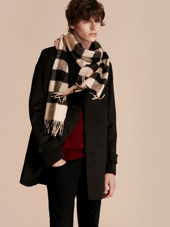 Ash rose The Large Classic Cashmere Scarf in Check Rose - cell image 3