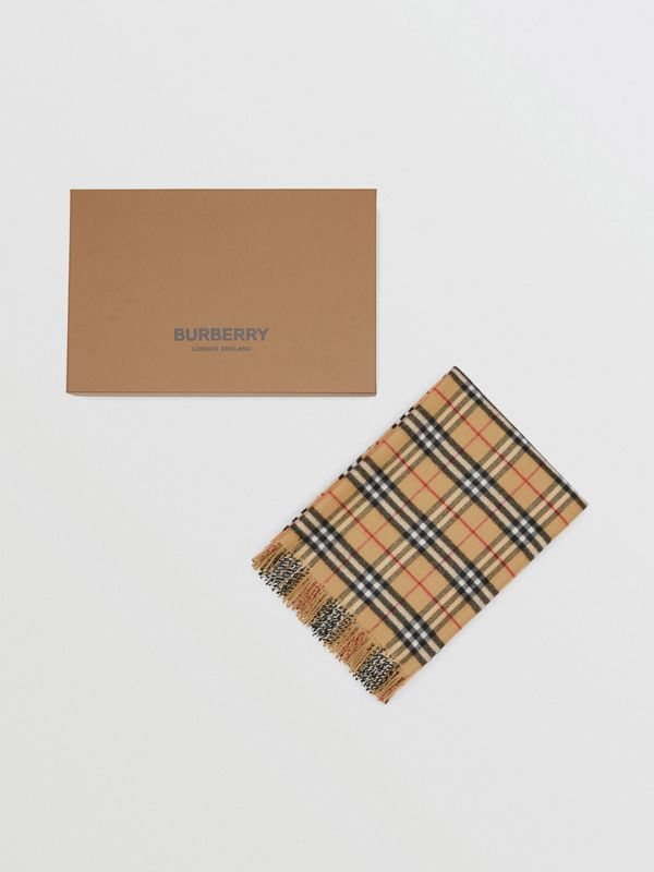 Vintage Check Merino Wool Baby Blanket in Archive Beige - Children | Burberry United States - cell image 3