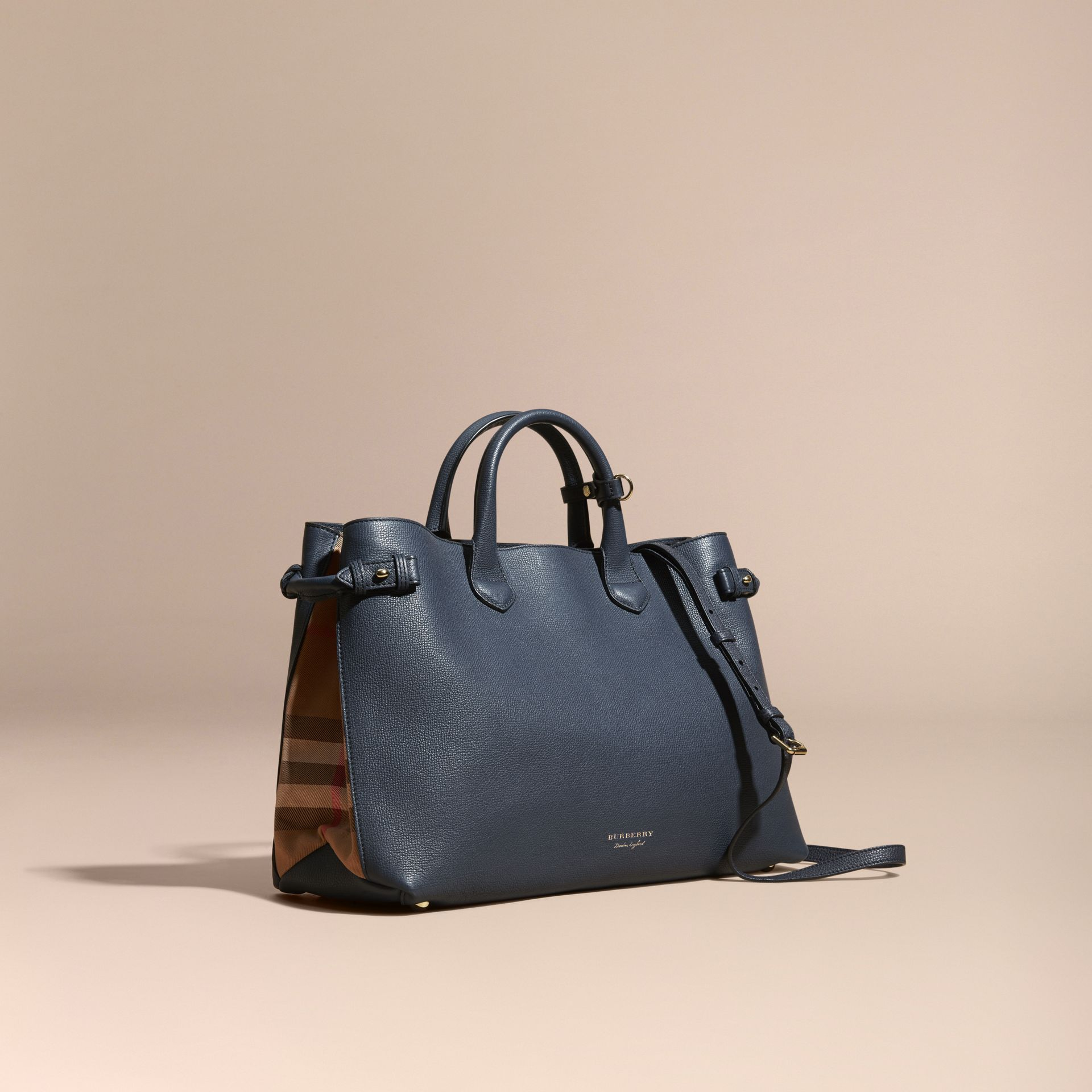 Bleu encre Grand sac The Banner en cuir et coton House check Bleu Encre - photo de la galerie 1
