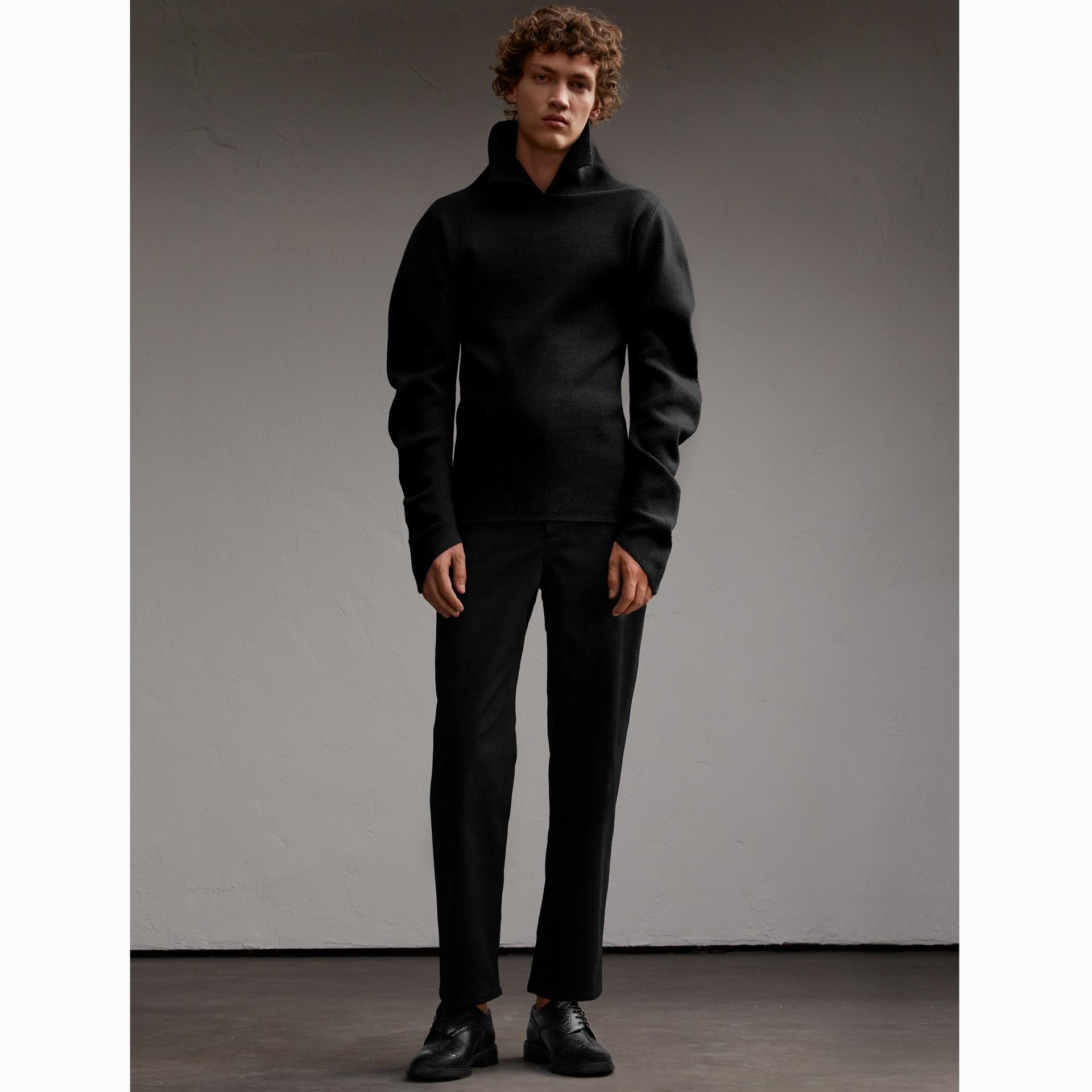 Formschöner Rippstrickpullover aus einer Wollmischung (Schwarz) - Herren | Burberry - Galerie-Bild 6