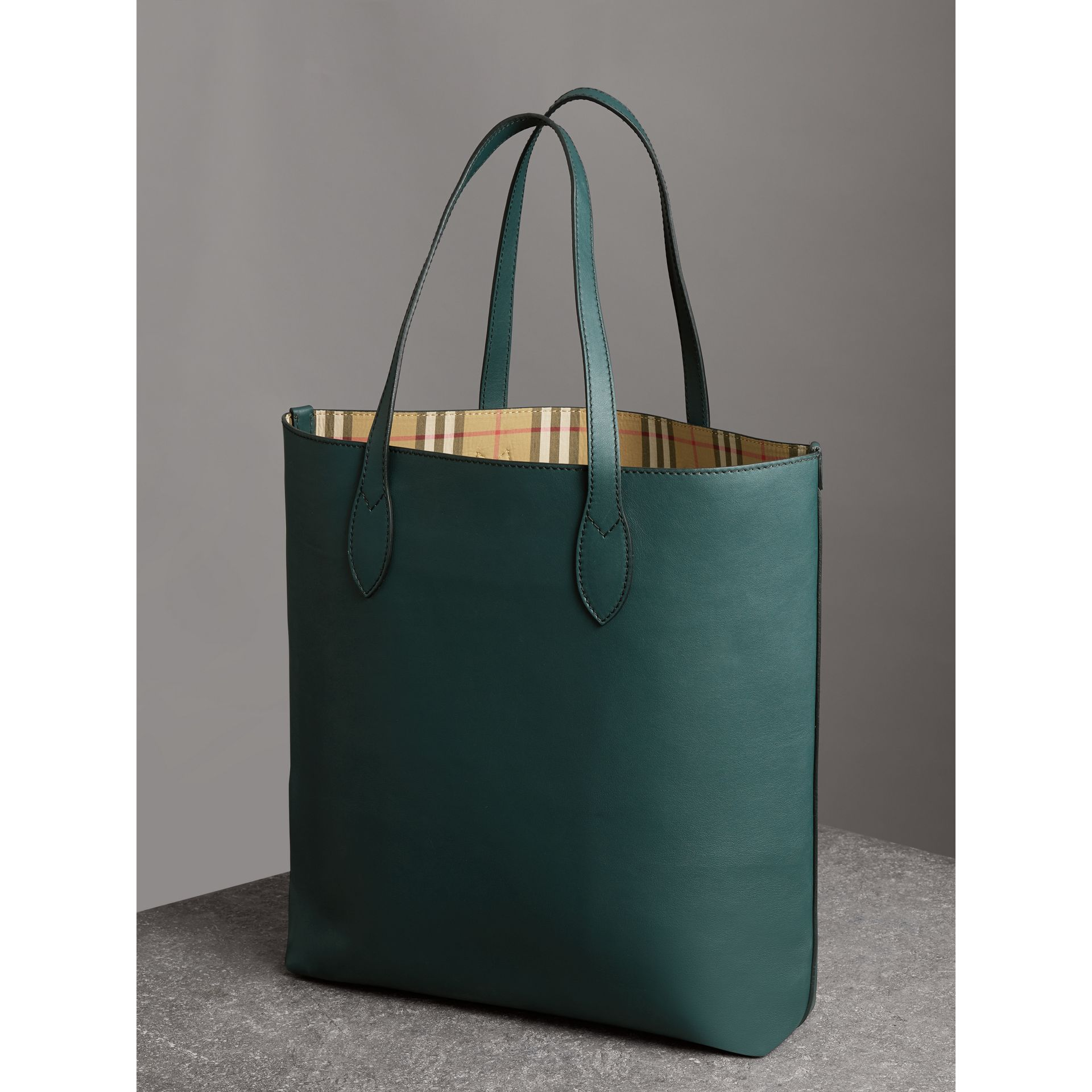 Graffiti Print Bonded Leather Tote in Deep Bottle Green | Burberry - gallery image 4