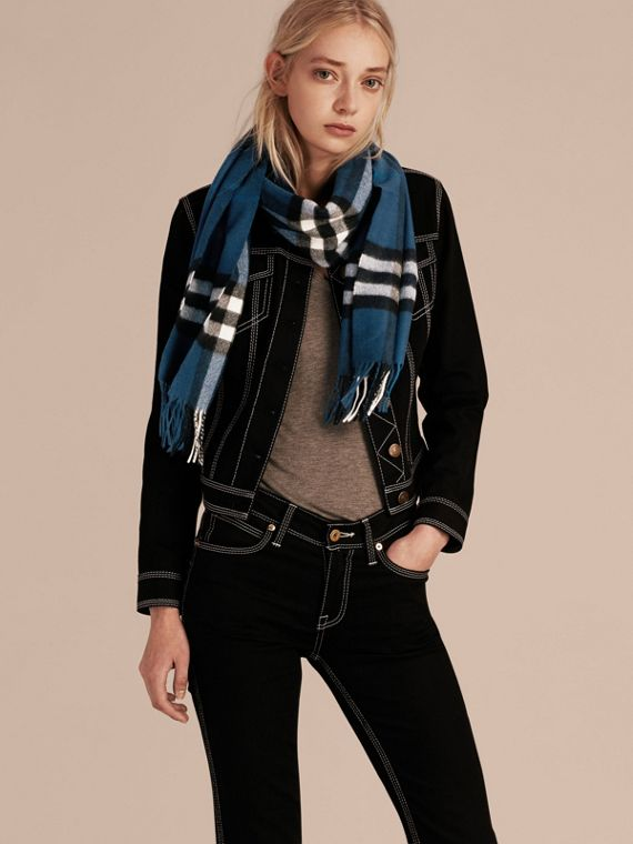 The Classic Cashmere Scarf in Check Marine Blue - cell image 2