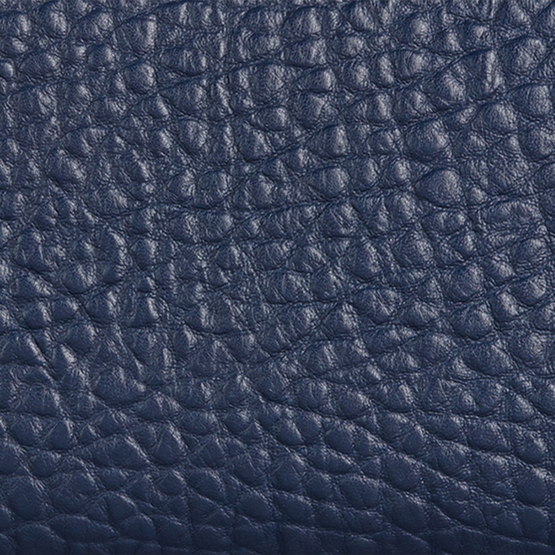 Blue carbon Signature Grain Leather Ziparound Wallet Blue Carbon - gallery image 2