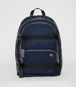 5ef3fa9421d2 Grand sac à dos en nylon avec emblème du Cavalier (Bleu Encre)