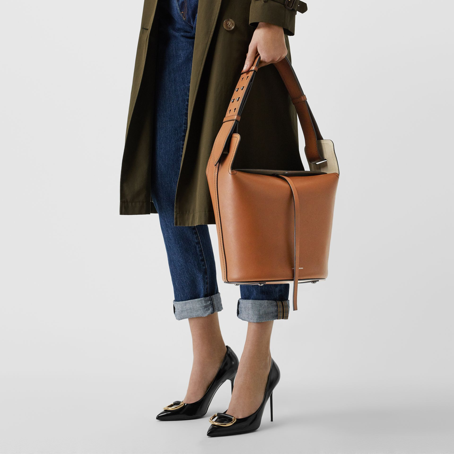 The Medium Leather Bucket Bag in Tan - Women | Burberry - gallery image 3