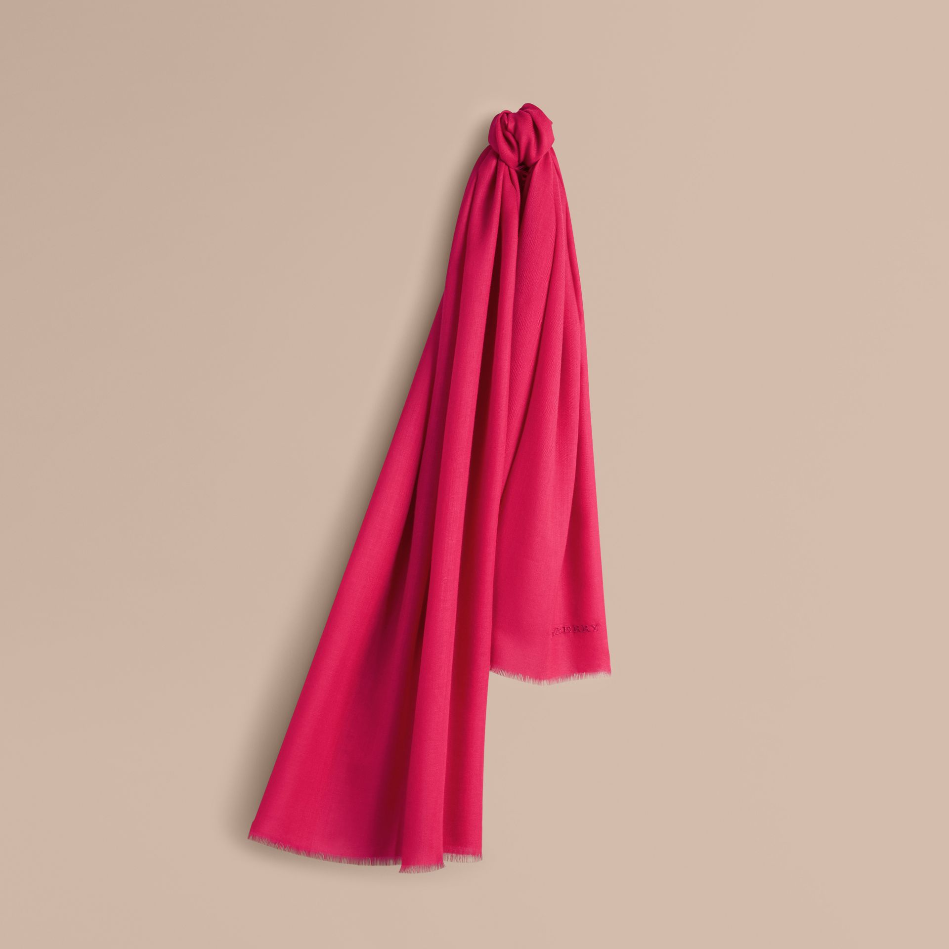The Lightweight Cashmere Scarf in Fuchsia Pink | Burberry Australia - gallery image 6
