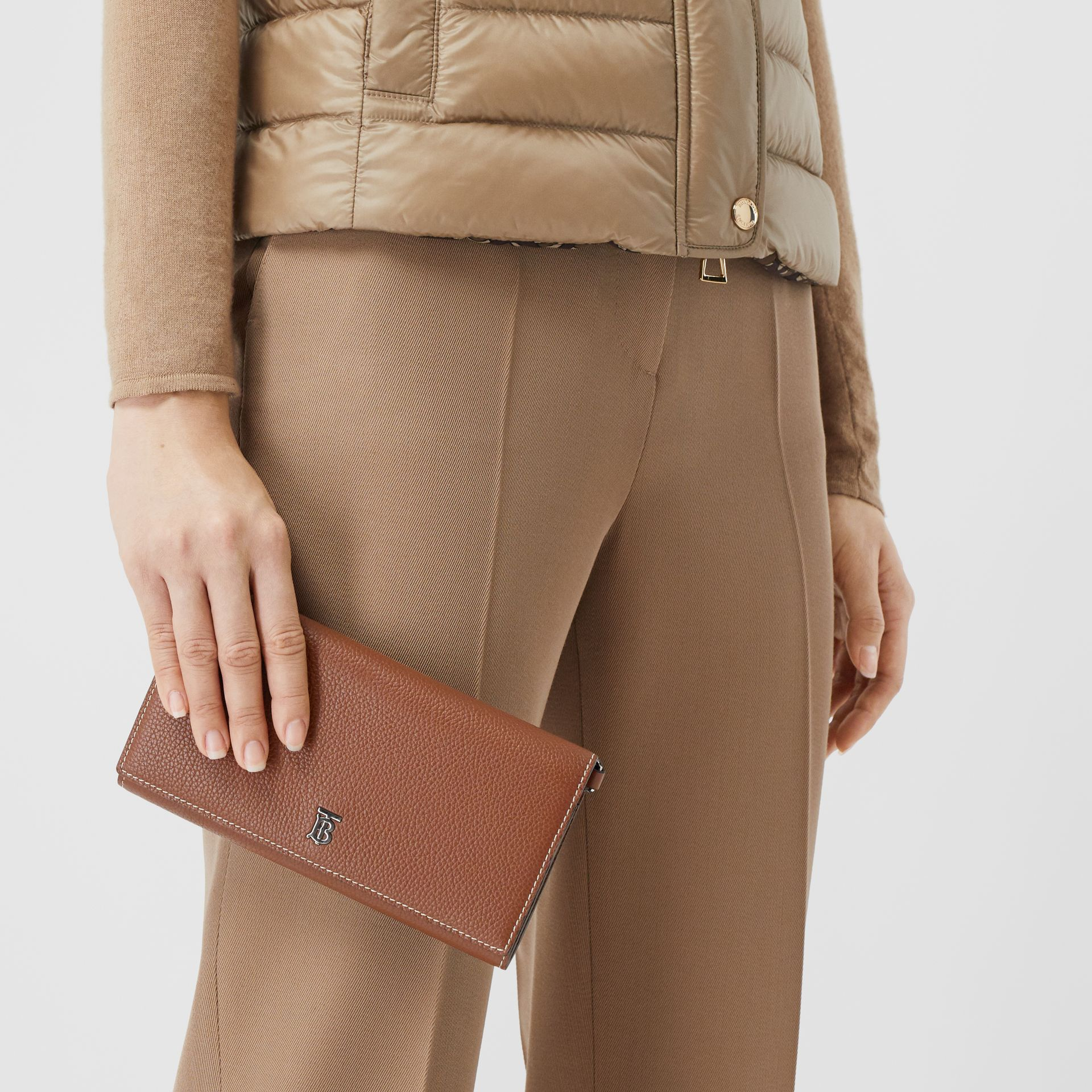 Grainy Leather Wallet with Detachable Strap in Tan | Burberry United States - gallery image 11