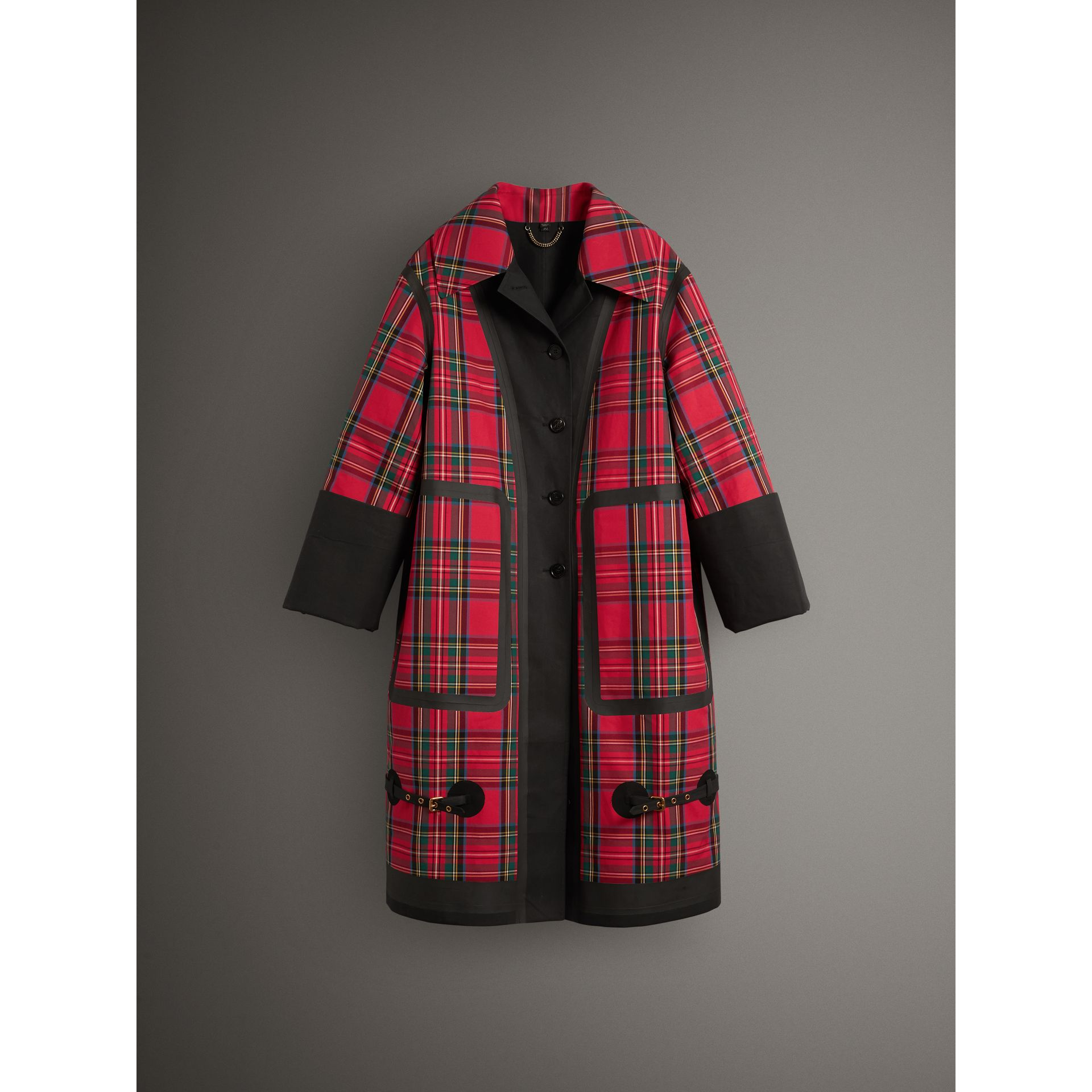 Tartan Bonded Cotton Seam-sealed Oversized Car Coat in Black - Women | Burberry - gallery image 4