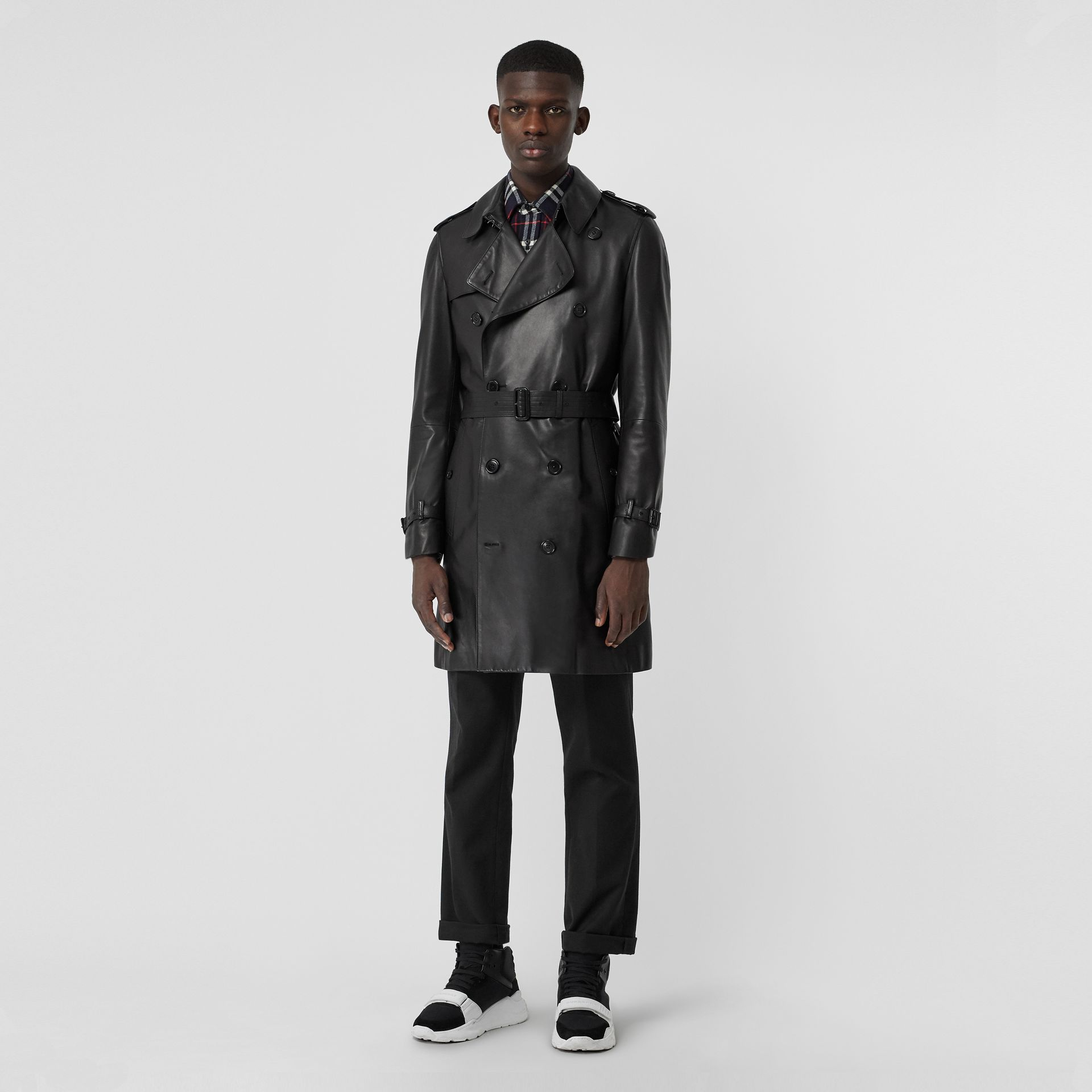 Lambskin Trench Coat in Black - Men | Burberry United Kingdom - gallery image 6