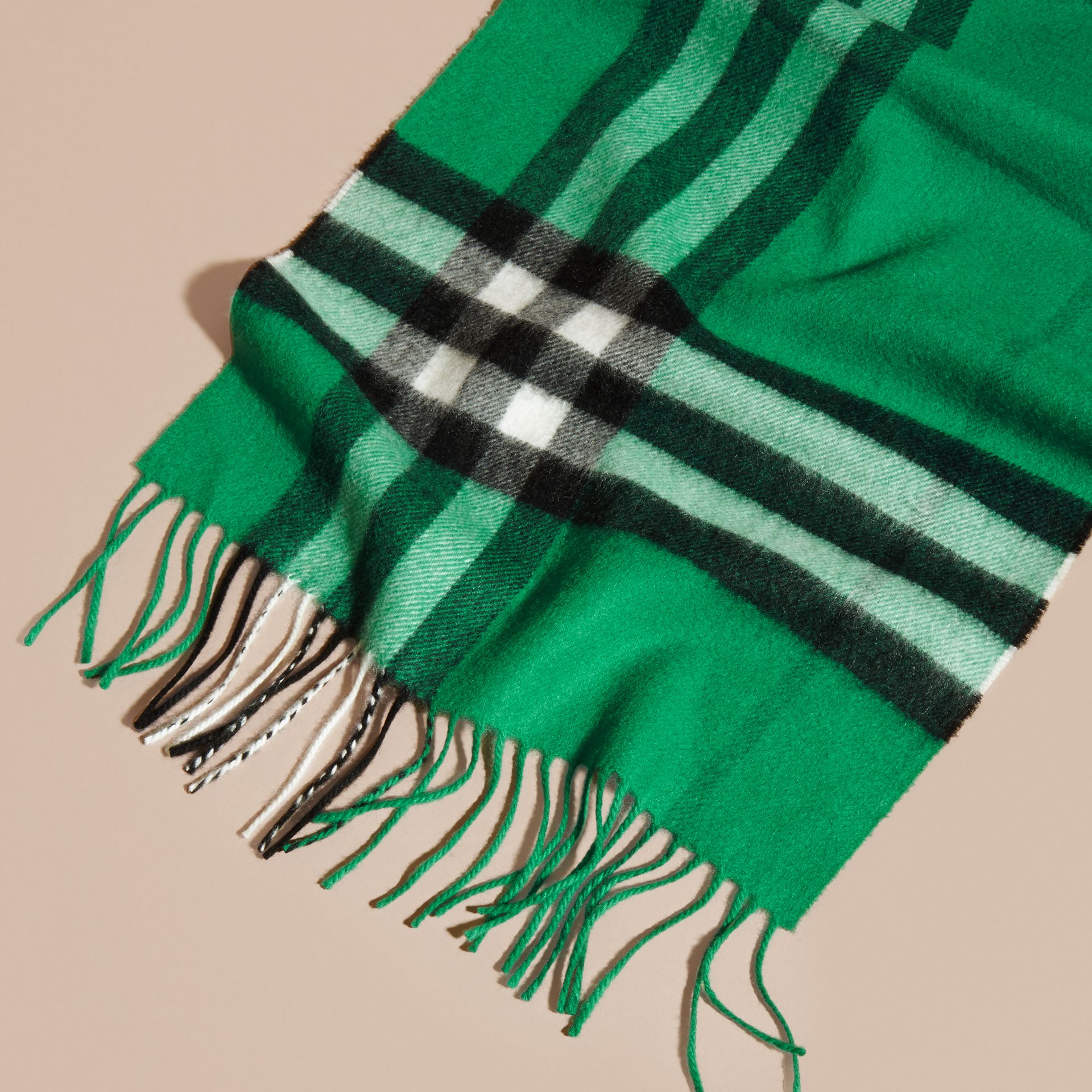The Classic Cashmere Scarf in Check  Emerald - gallery image 5