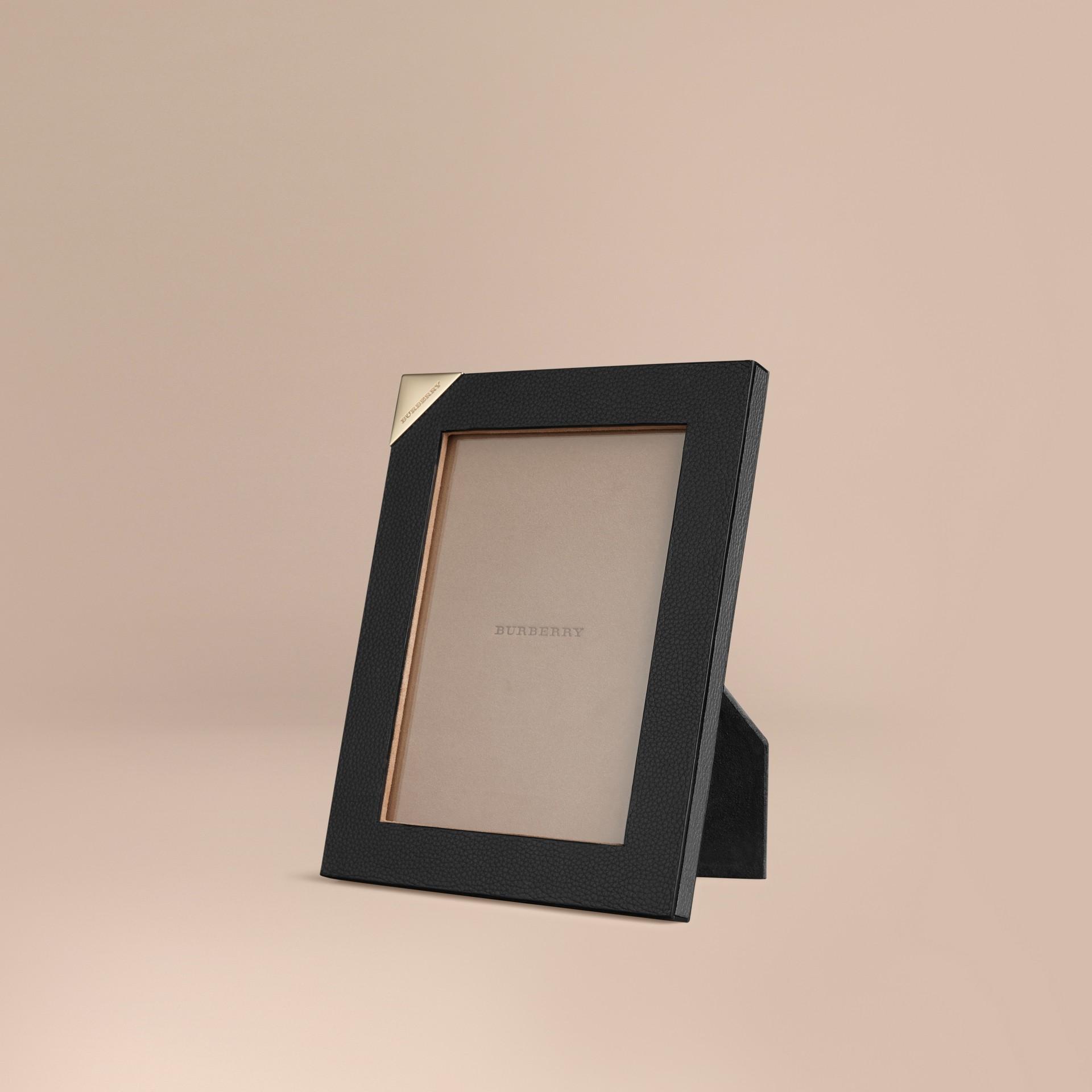 Schwarz Mittelgroßer Bilderrahmen aus genarbtem Leder Schwarz - Galerie-Bild 1