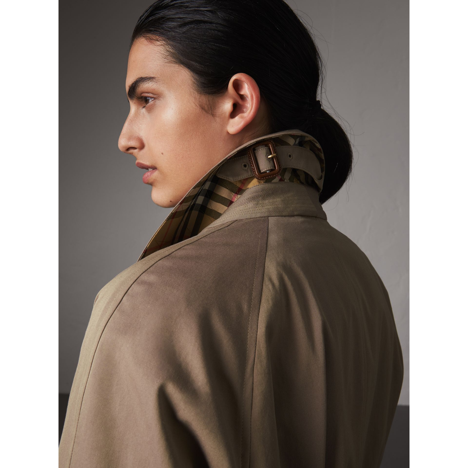 The Brighton – Extra-long Car Coat in Taupe Brown - Women | Burberry Australia - gallery image 2