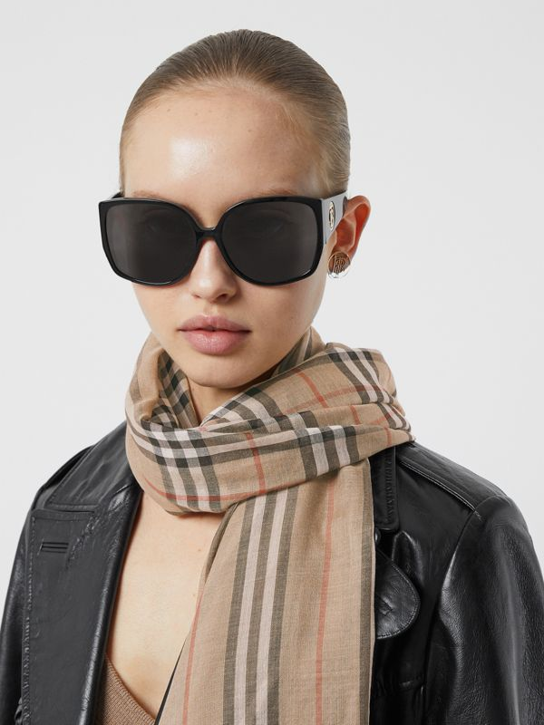 Icon Stripe and Vintage Check Wool Silk Scarf in Archive Beige | Burberry - cell image 2