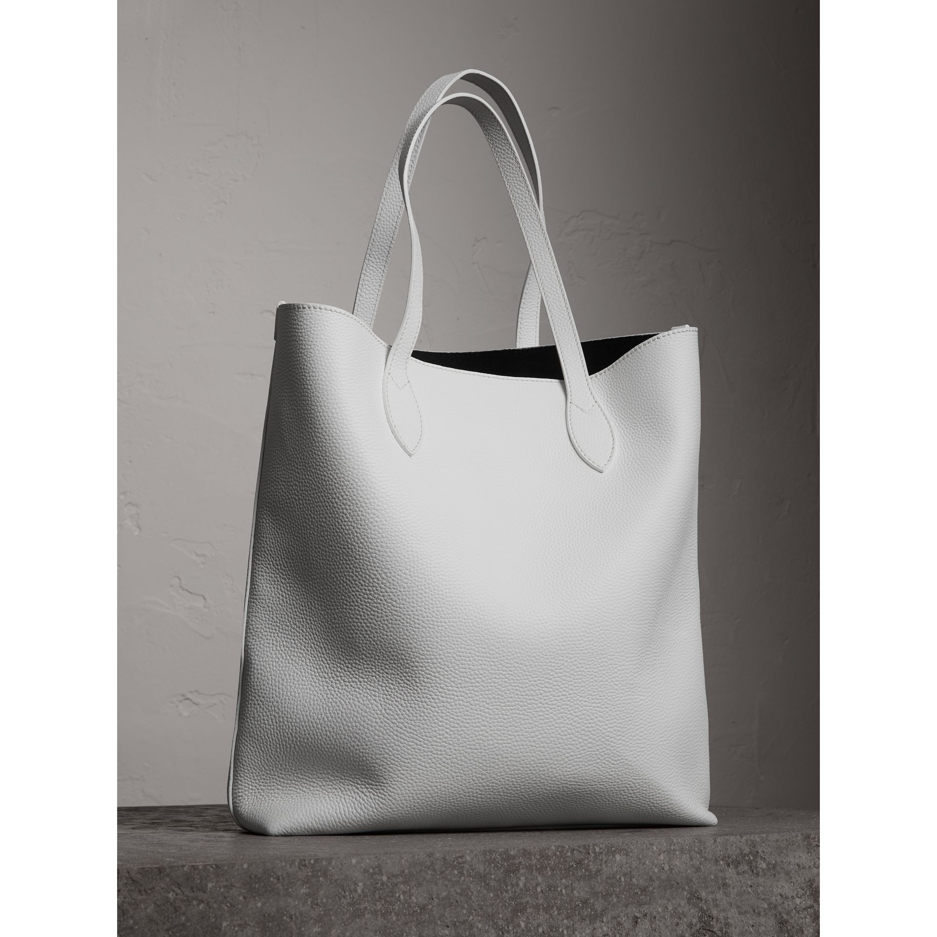 Medium Embossed Leather Tote in Chalk White | Burberry - gallery image 2