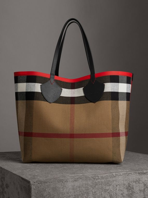 The Giant Reversible Tote in Canvas Check and Leather in Military Red/classic