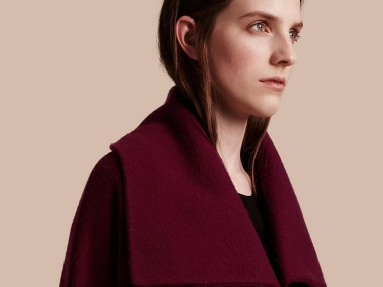 Noir Manteau cardigan en laine et cachemire à motif check - cell image 4