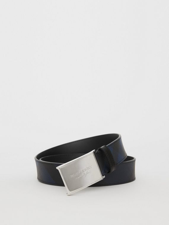 Plaque Buckle London Check and Leather Belt in Navy/black