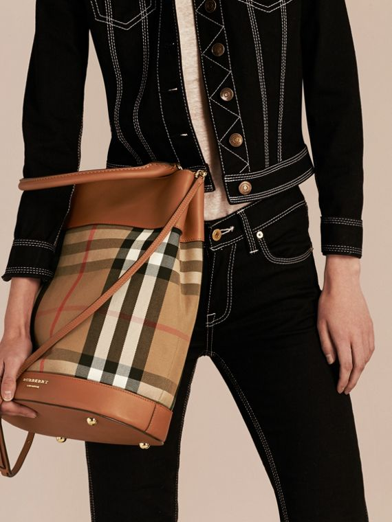 Light toffee The Bucket Bag in House Check and Leather Light Toffee - cell image 2