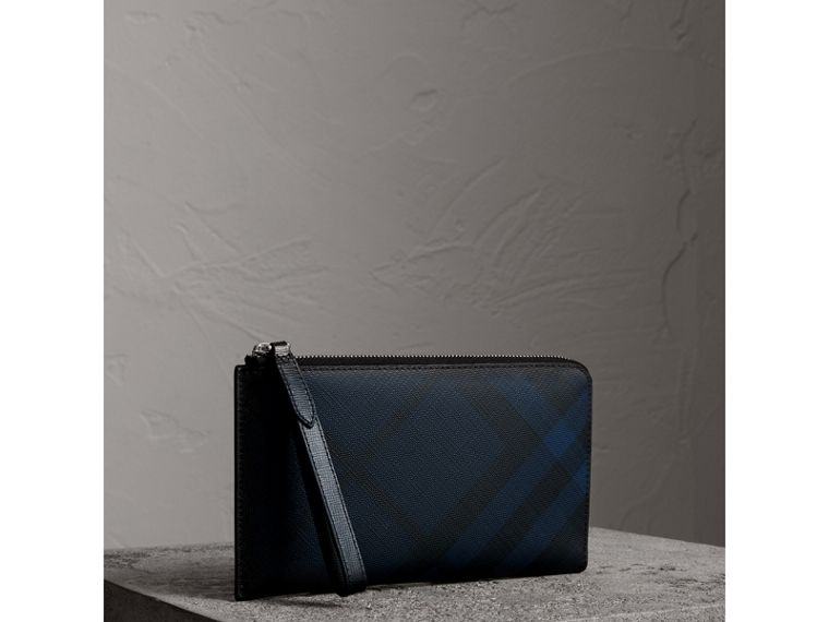 London Check Travel Wallet in Navy/black - Men | Burberry - cell image 4